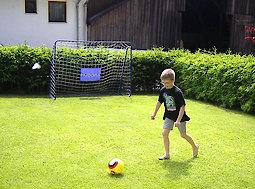 Pension in Bayern mit Garten und Fußballtor